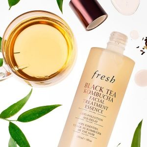 Nước thần Fresh Black Tea Kombucha Facial Treatment Essence 150ml 3